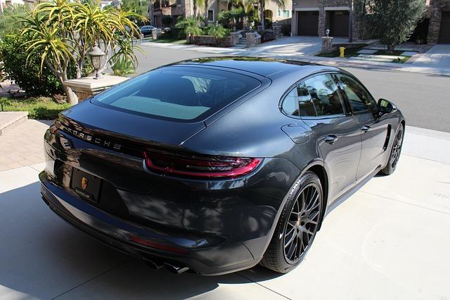 Feest! De Porsche Panamera bestaat 10 jaar!